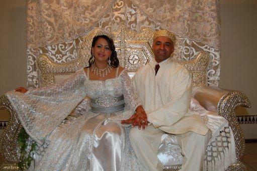 Matrimonio In Morocco : Takchita lala laroussa en trois pieces negafa styliste