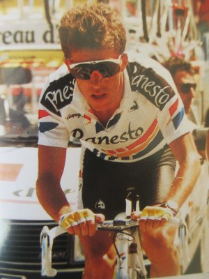 RETRO TOUR (44-B) 1990
