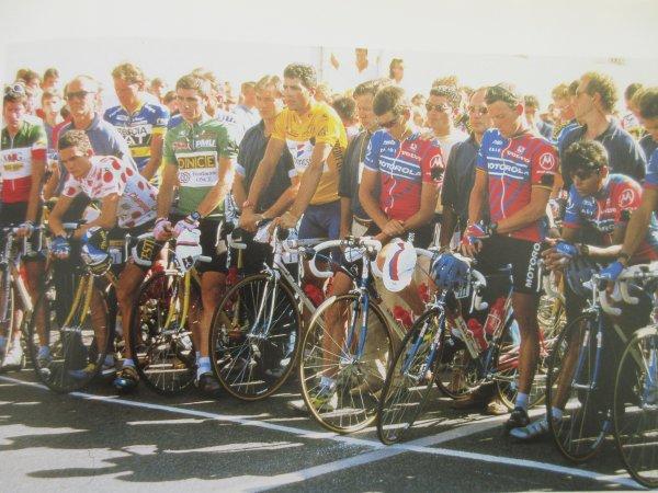 RETRO TOUR (49-C) 1995