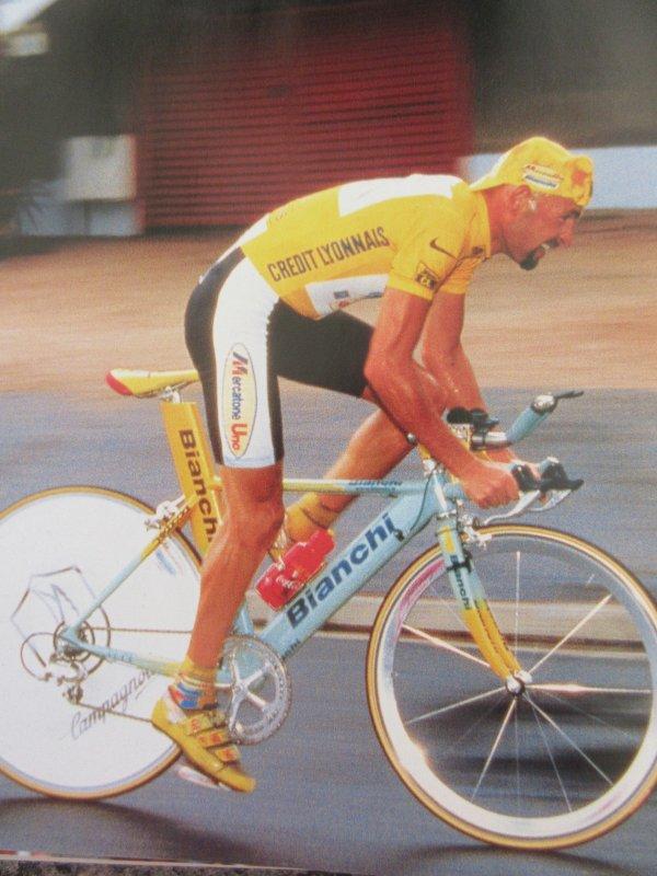 RETRO TOUR (52) 1998