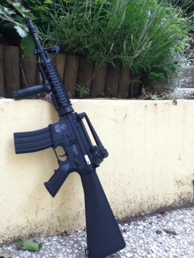 Review 1 / Colt Cybergun M4 R.I.S Commando Cybergun ! Réplique AEG