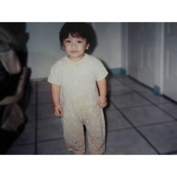 Baby nikki. I looks like a boy. :/