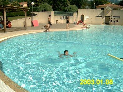 Moi quand j'ai appris à nager à la piscine de Saint Etienne