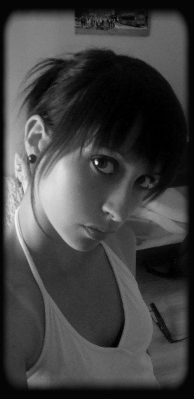 1°) <«-..·♥~♡·._.- εռνﻨε ժε ოﻨεսx էε ८օռռﻪîէгε -._.·♡~♥·..-»>
