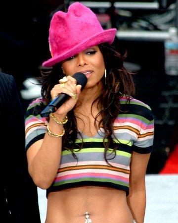 Janet chante