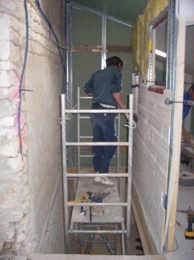 cage d 39 escalier r novation de notre maison. Black Bedroom Furniture Sets. Home Design Ideas