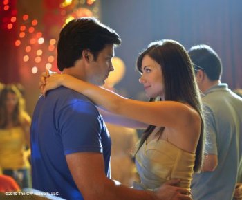 SMALLVILLE SEASON 10 - HOMECOMING PROMOTIONAL IMAGES