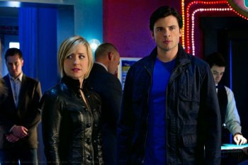 SMALLVILLE SEASON 10 - FORTUNE PROMOTIONAL IMAGES
