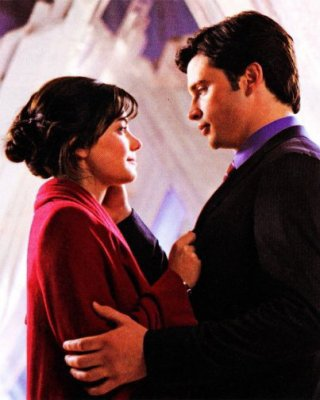 SMALLVILLE SEASON 10 - PROPHECY NEW IMAGE AND SPOILER