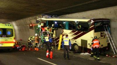 Sad News =( ...Busunglück in der Schweiz