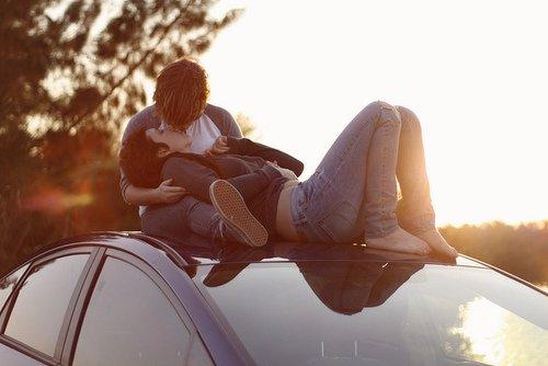 . Tu connais ces moments dans ta vie où tu sais, pendant qu'ils arrivent, que tu vas t'en rappeler toute la vie ? J'ai eu un de ces moments tout à l'heure, quand tu m'as embrassé..