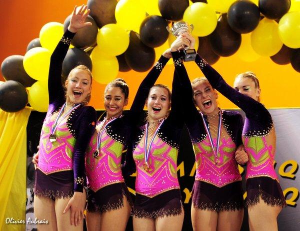 6259. Championnat de France DF1 juniors : Créteil, 1er, 22,400 pts