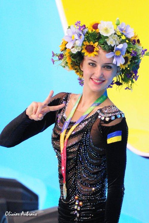 6376. Les championnats du Monde de GR à Kiev, J1 : Ukraine-Russie : 1 à 1