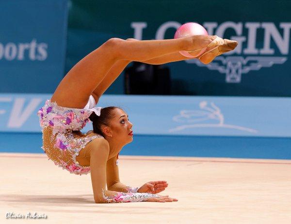 6396. Les championnats du Monde de GR à Kiev : Margarita Mamun (Russie)