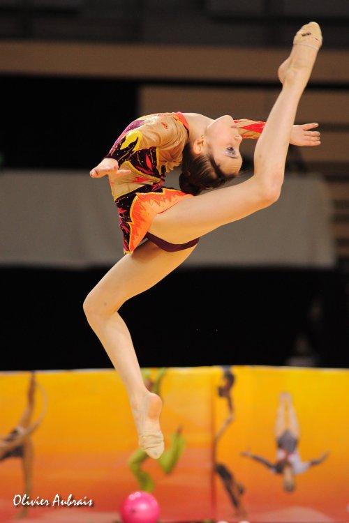 6411. Coupe Nationale Espoir 1 (2002) : Milana Tomaeva (Orléans) 5ème, 26,382 pts