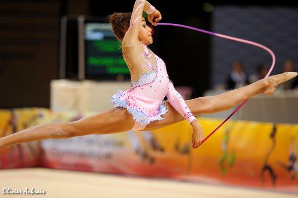 6419. Coupe Nationale Espoir 2 (2001) : Tamara Picazo Serrano (Corbeil/pôle d'Evry), 6ème, 30,332 pts