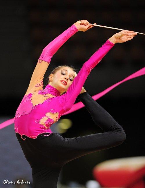 6437. Coupe Nationale Juniors : Camille Gomez (Evry), 8ème, 44,032 pts