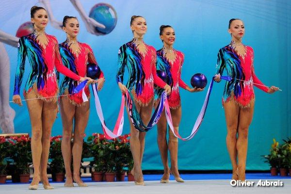 6778. Chpt du Monde 2014 à Izmir : la Bulgarie championne du Monde des ensembles !