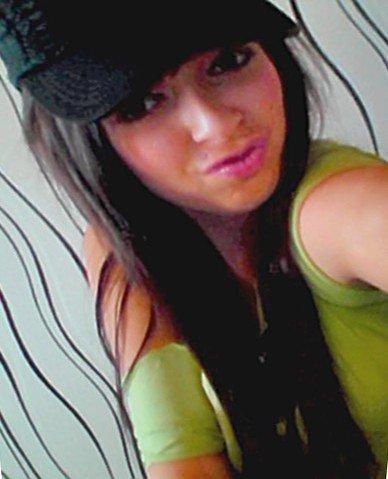 Fanny     -   18ans    ♥