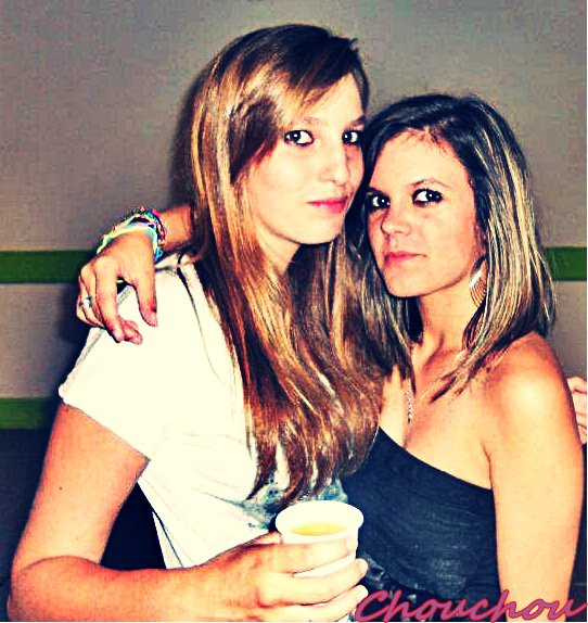 •`» L'amitié est ce qu'il y a de plus beau dans la vie après l'amour , ça réduit les peines et double les joies.
