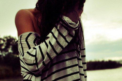 ~ Mais aujourd'hui,bien que cet instant l'ait marqué,elle a préféré tourner la page et continuer d'avancer..