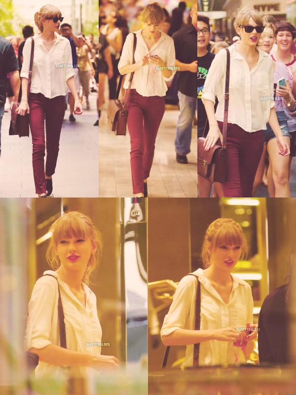 Ce matin, Tay est allée dans un centre commercial à Sydney (créant un émeute), elle portait une magnifique chemise blanche ainsi que du rouge à lèvre rouge (sa nouvelle marque de fabrique) ! TOP ! Notre miss est ensuite allée déjeuner en compagnie de Caitlin, sa meilleure amie et membre de The Agency. Ça fait super plaisir de les voir passer du temps ensemble ! C'est un deuxième TOP pour Taylor, à qui le pull a rayures va à, ravir !