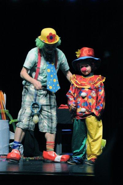 domino le clown