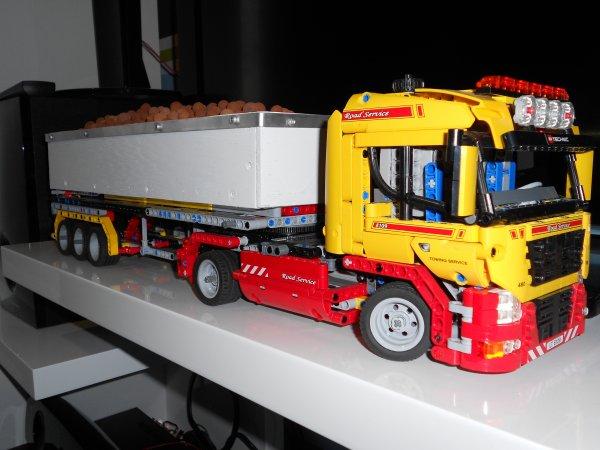 Ensemble benne camion