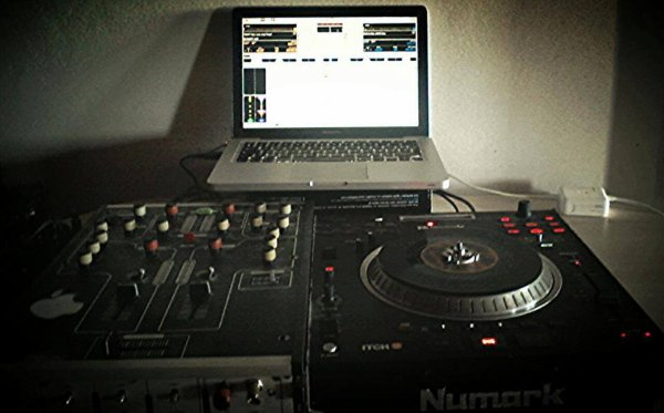 ☆ ★•...I ♥ DJ GREG'S ™' • CONTACT PRESTATION / SCÉNES ...•★ ☆