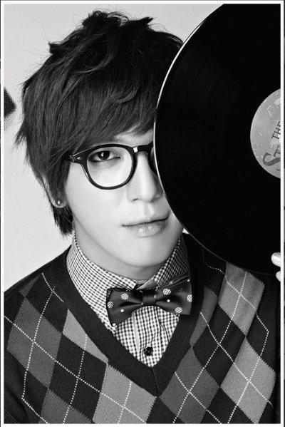 Jeong Yong Hwa / fiche / Vidéo ...