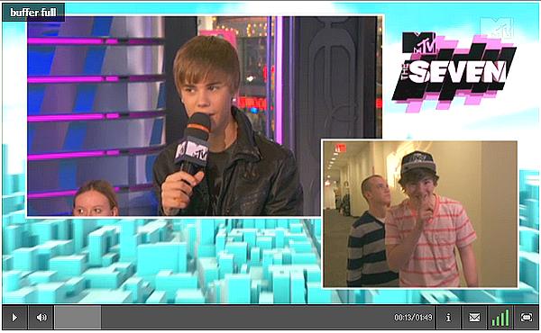 .    Scan du magasine LOVE + Passage à MTV.  .