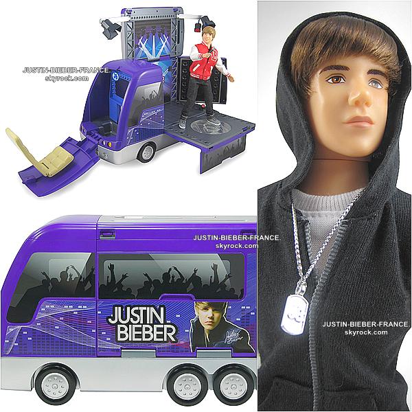 .   Justin aura sa statue de cire au célébre musée de Madam Tussauds + Nouvelle collection des Poupées Bieber. .
