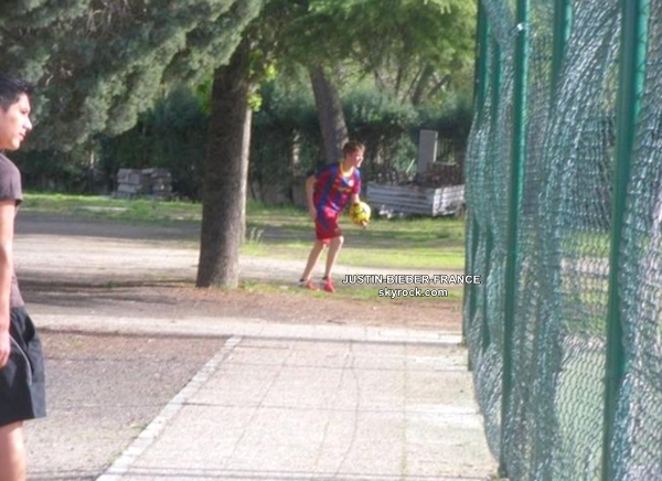.   Justin en Espagne.  .