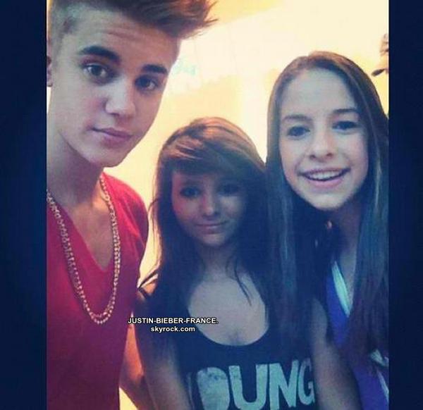 .  18/08. Justin avec ses fans. + Répétions Believe Tour. .