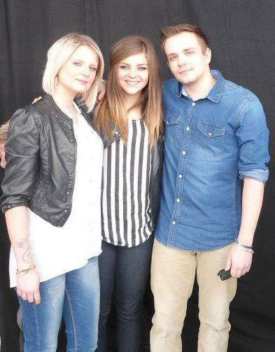 Caroline Costa avec Jazzy et Shayne Stevens :)