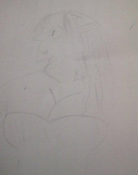 mon dessin de lucy et un monstre monstrueu mais beau lol