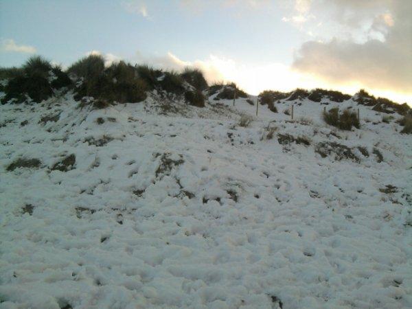 premiére neige en deux ans  (photo de la plage belge)