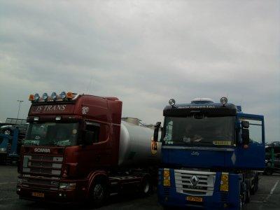 Scania & renault ( photo prise par mes soin)