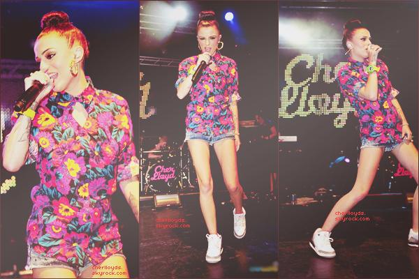 """14/07/12 : Cher était invitée au Festival de Perez Hilton, """"One Night in London"""" où elle a performé."""