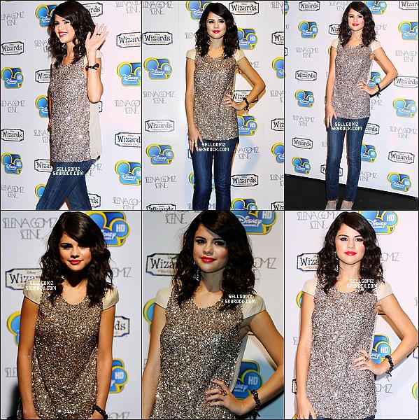 .Le 06.07.11 :___La sublime Selena a été au lancement de la chaine Disney Channel HD à Londres.  Selena était très jolie. J'aime pas du tout sa tenue mais sa coiffure et son maquillage, j'aime beaucoup. FLOP ! Vos avis ?! .