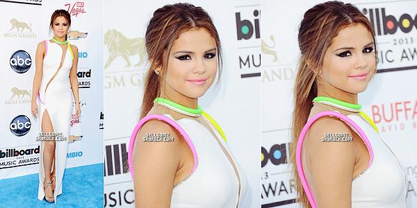 Le 19 Mai: Selena était présente lors des Billboard Music Awards.