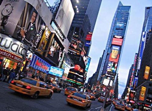 . ...Article pris sur OfficialShenaeGrimes.com . Traduction des articles postés par Shenae elle même qui se trouve à New York pour deux mois !.