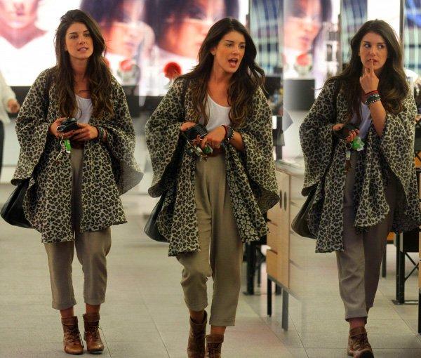 . Toujours le 9 Novemebre (toujours le jour de mon birthday lol), Shenae est allée faire du shopping à LA ! Elle était magnifique !!!.