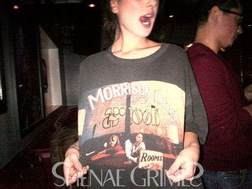 . Le 15 Janvier Shenae participate à l'after party des Golden Globes, elle était somptueuse!   $)  .
