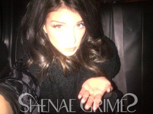 . Retour sur la Fashion Week à New York, Shenae vient de renter à LA et nous raconte son périple via son blog OSG.com ! .