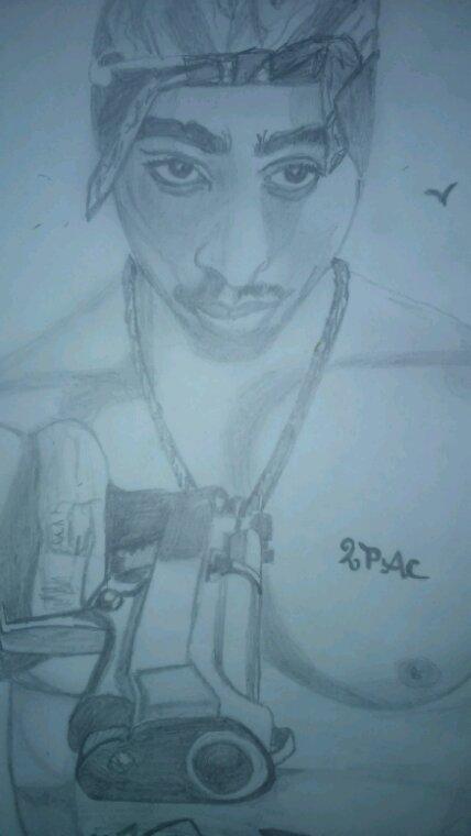2pac by linda tatatron