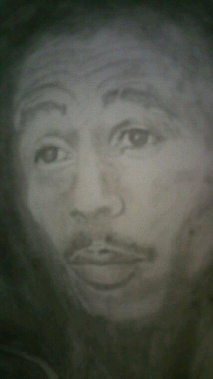 Bob Marley création by Linda Tatatron déssiné avec de la cendre et des allumettes !! juste pour le kiff ;)