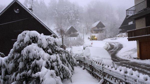 Le retour de St Thibéry : Bien arrivé ! Mais quel changement climatique et qui plus est 7°c dans le chalet brrr...