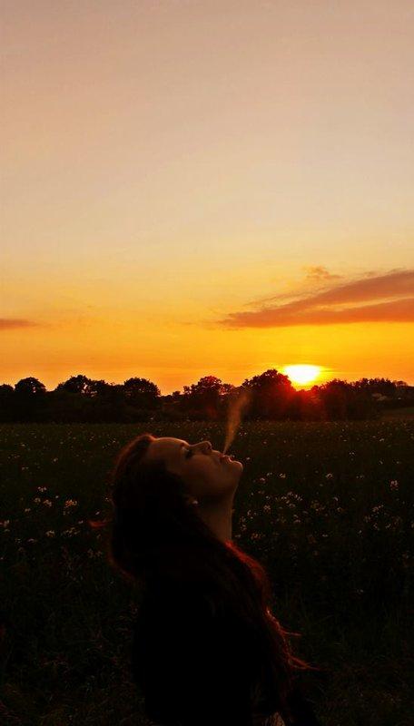 Il est des moments où il faudrait oublier les vieux espoirs et s'en créer de nouveaux. ♥
