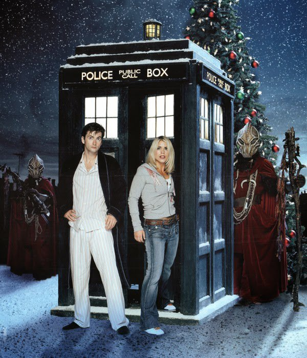 série Doctor Who: The Christmas Invasion (2006)